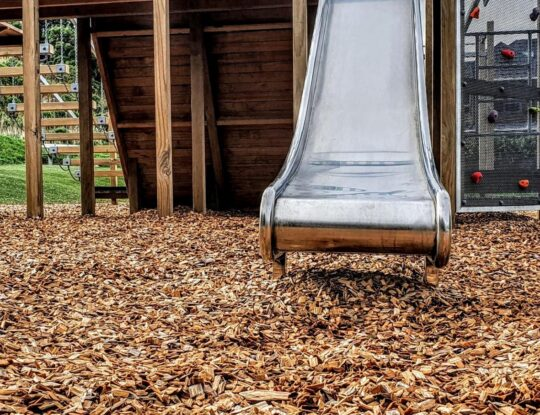 Bonded Rubber Mulch-Fort Myers Safety Surfacing